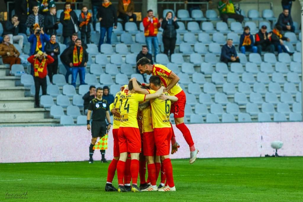 Ekstraklasa S.A. wypłaciła klubom pieniądze za sezon 2018/2019. Ponad 9 mln złotych dla Korony