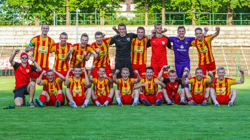 FOTO: Korona II Kielce awansowała do III ligi