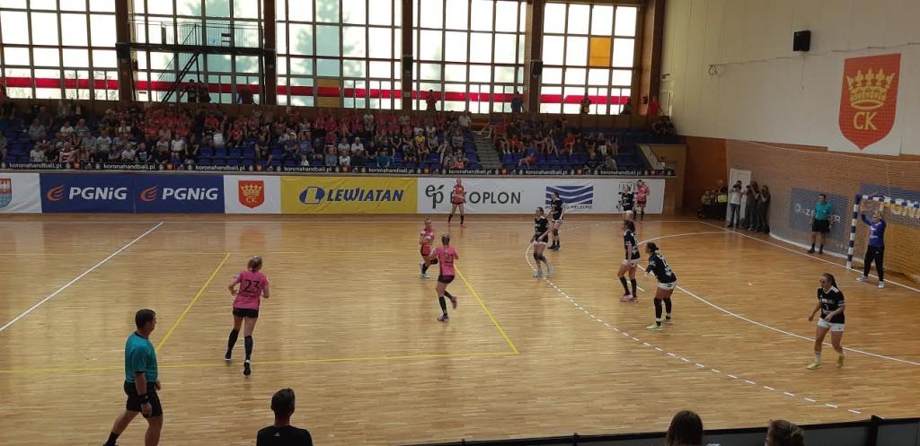 Walczyły jak lwice, ale przegrały... Pasjonujący mecz Korony Handball