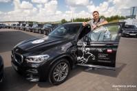 FOTO: Zawodnicy KS Kielce odebrali nowe samochody. Będą jeździć BMW