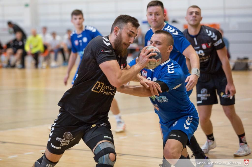 AZS UJK Kielce zaczyna drugą rundę od zwycięstwa w derbach
