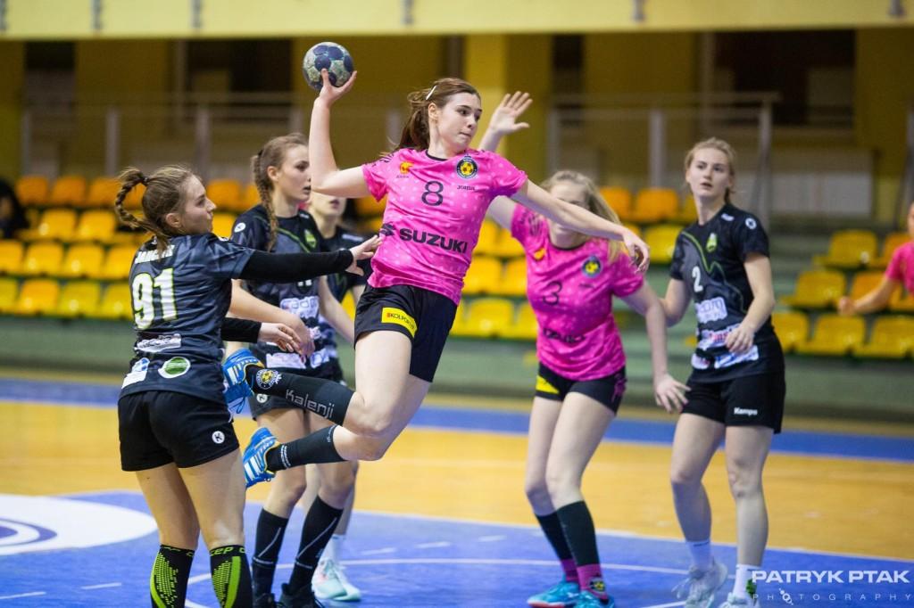 Suzuki Korona Handball wygrywa w debiucie pod nową nazwą