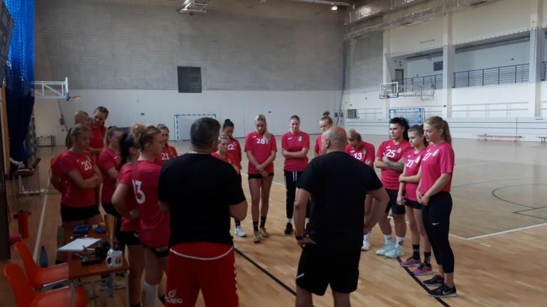 Korona Handball wróciła z letnich urlopów. Na start trzy tygodnie treningów i turniej w Kielcach