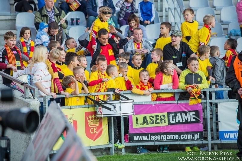 Zobacz jak dzieci z Akademii Piłkarskiej cieszyły się z bramki Korony