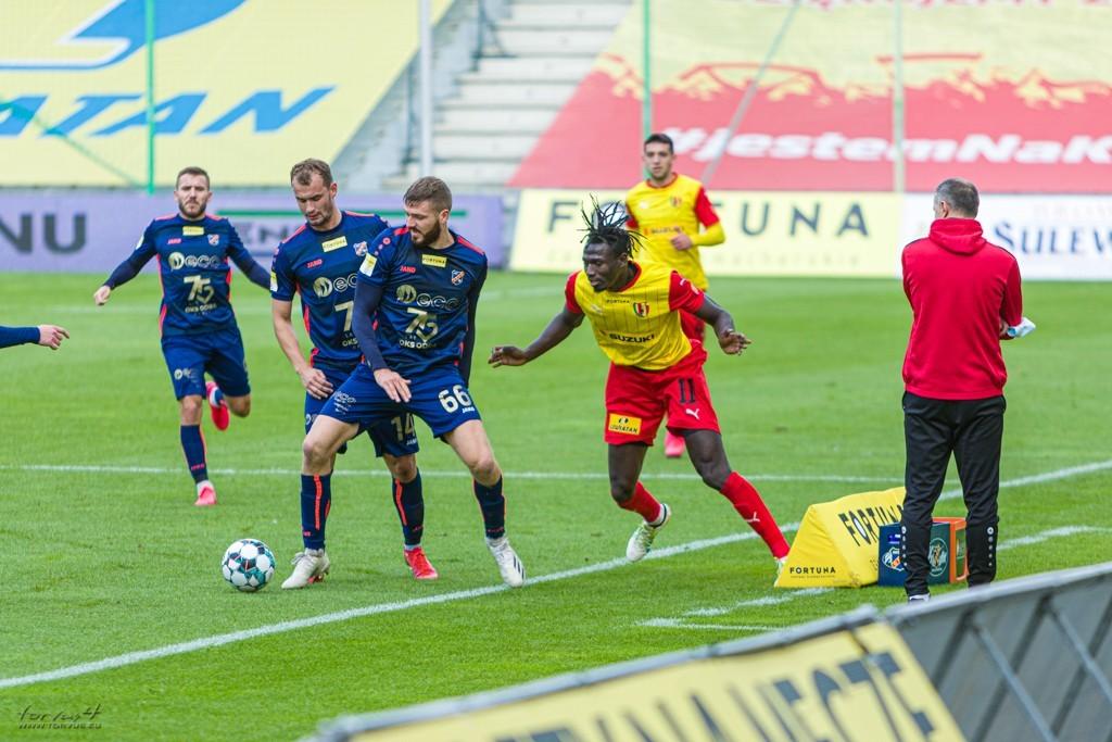Oficjalnie: Sobotni mecz Korony Kielce się nie odbędzie