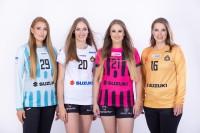 Nowe szaty królowych! Ciepłe przyjęcie nowych trykotów Suzuki Korony Handball