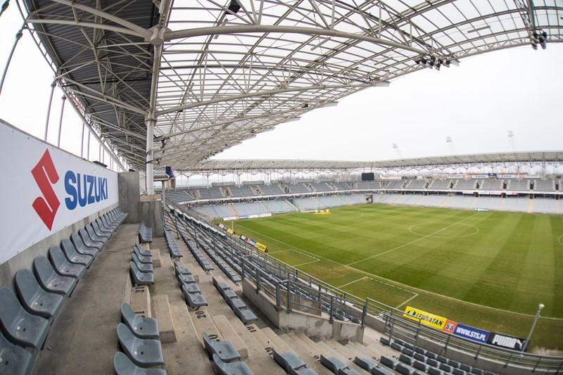 Kolporter Arena już po zmianach. Suzuki zagościło na stadionie (zdjęcia)