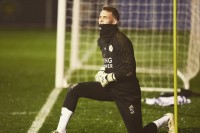 Bramkarz z podkieleckich Chęcin w kadrze Leicester na mecz Ligi Europy