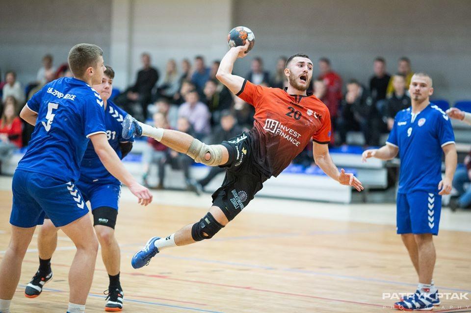 Pierwszoligowe derby Kielc dla AZS UJK
