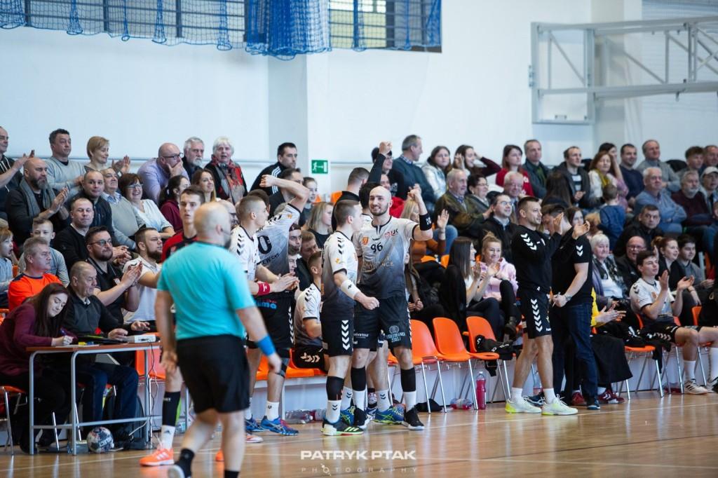 AZS UJK Kielce górą w studenckich derbach. Dzięki zwycięstwu... utrzymał się w I lidze