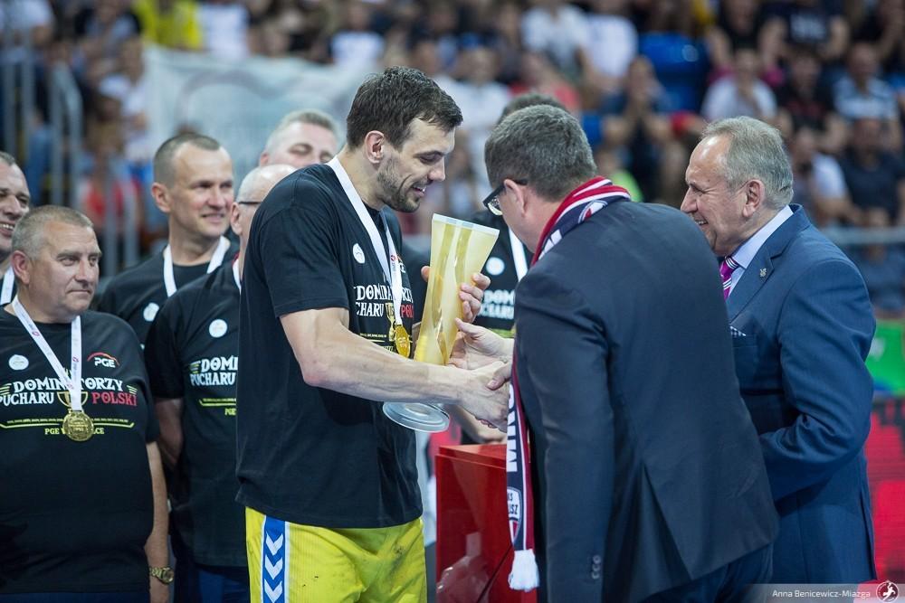 Pucharowi giganci z Kielc. PGE VIVE może zatriumfować po raz 16. w historii i 11. z rzędu!