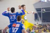 """Pierwsza """"Święta wojna"""" na korzyść PGE VIVE. Kielczanie w finale Szczypiorno Cup"""