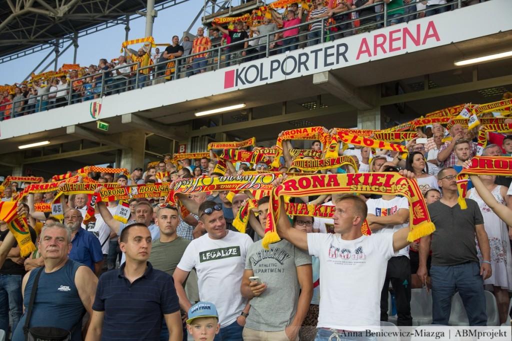 Do sobotniego poranka sprzedano nieco ponad 4,5 tys. biletów na mecz Korona - Lechia