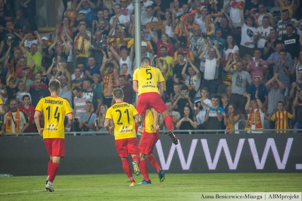 Nowe godziny spotkań Ekstraklasy! Korona zacznie w sobotę o 15, tydzień później do Kielc przyjedzie Legia
