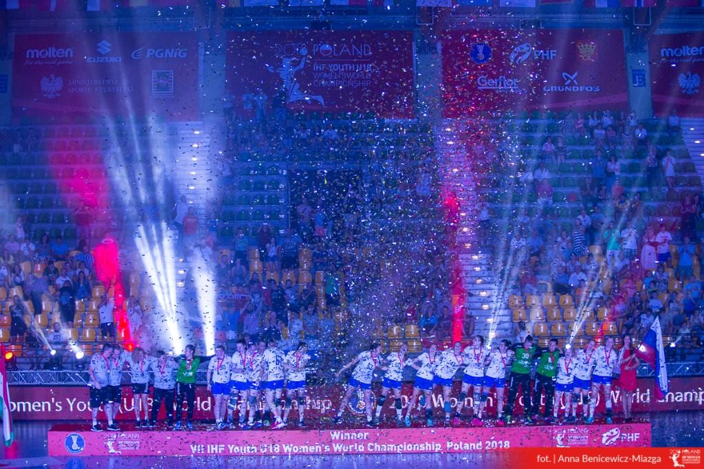 FOTO: Rosja wygrała MŚ U-18 w Kielcach