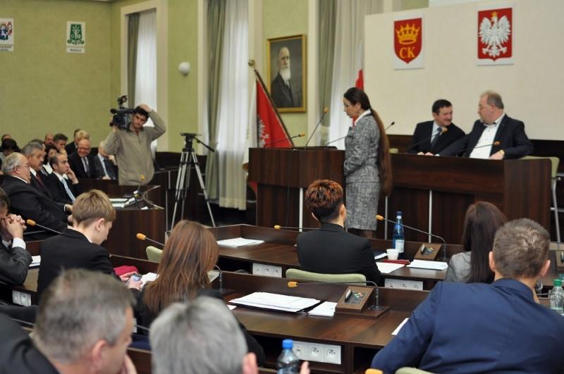 """Komisja Budżetowa na """"nie"""" w sprawie Korony"""