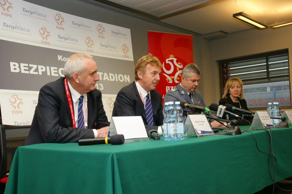 """Zbigniew Boniek przyjedzie do Kielc. W czwartek konferencja """"Bezpieczny Stadion"""""""