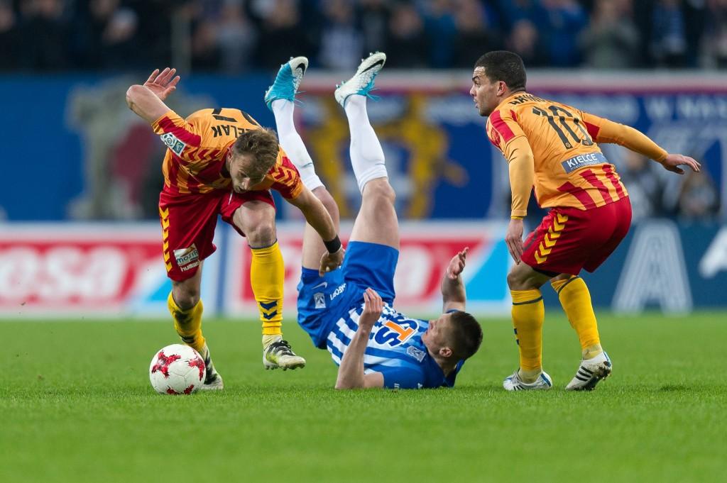 Bardzo dobry mecz Korony w Poznaniu. Wygrywa jednak Lech po dwóch rzutach karnych
