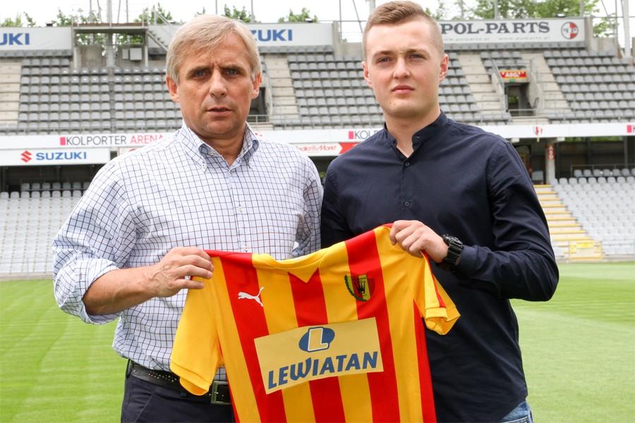Korona Kielce pozyskała nowego zawodnika! To król strzelców trzeciej ligi