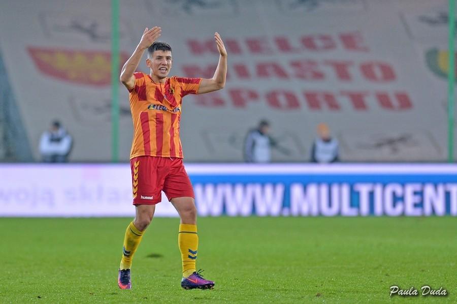 Możdżeń zaprzecza, że odchodzi do CSKA Sofia: - Na dziś wygląda to tak, że zostaję w Koronie