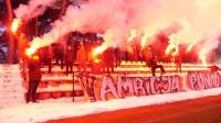 Kibice wsparli piłkarzy Korony przed pierwszym meczem. Było racowisko