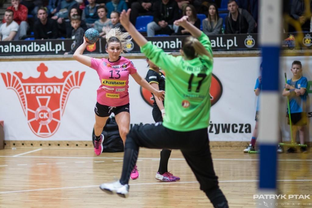 Szczypiornistki Korony Handball walczą o utrzymanie. Czas na mecz z Piotrcovią