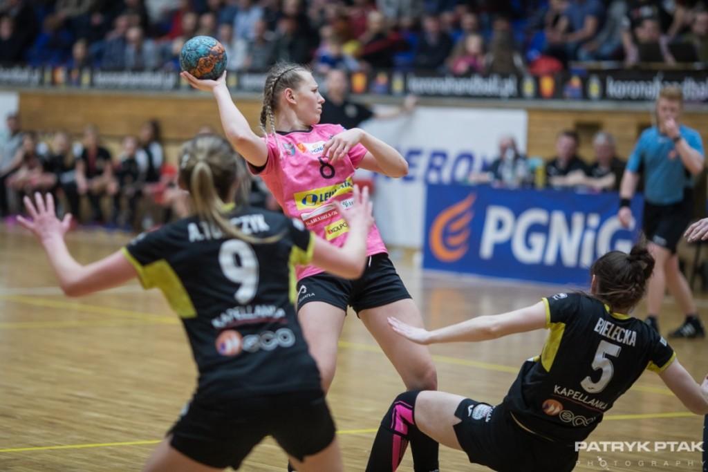 """Korona Handball wraca na parkiet po trzech tygodniach. Zagra o """"sześć punktów"""""""