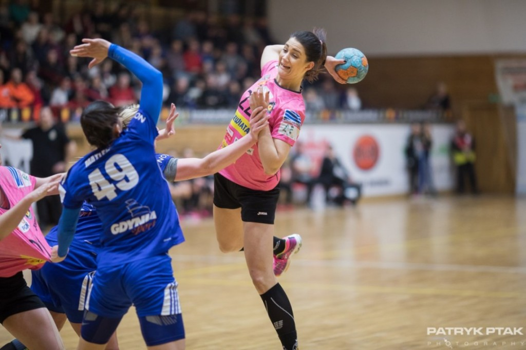 Korona Handball triumfuje po rzutach karnach!