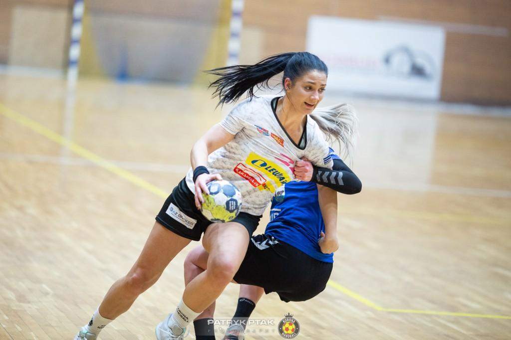 Siedemnaście bramek różnicy! Korona Handball zdominowała kolejnego rywala i jest liderem
