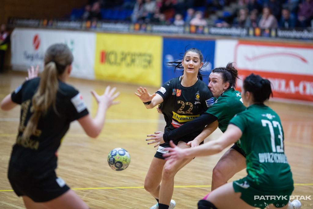 Korona Handball wygrała wysoko z mocnym rywalem. I zrównała się punktami z liderem