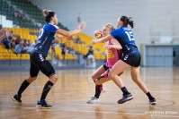 Kolejna zawodniczka odchodzi z Korony Handball. W tle: finanse