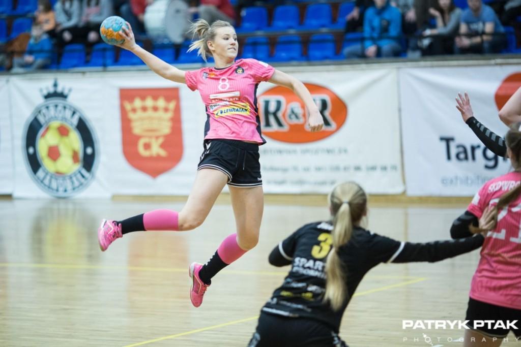 Niesamowity zryw po przerwie to za mało. Korona Handball przegrywa w Kobierzycach