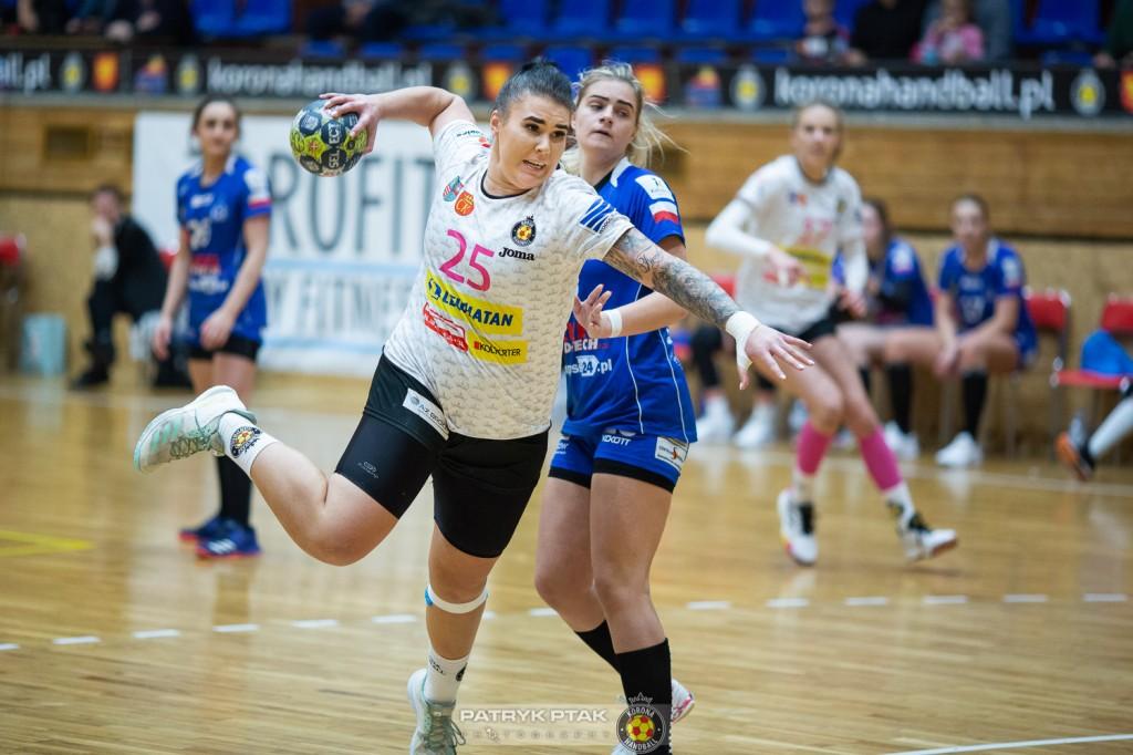 Zawodniczki Korony Handball w cenie. Mochocka: Chcę spróbować sił w innym środowisku