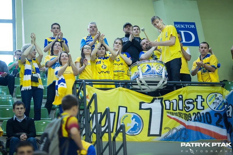 Zdjęcia z meczu Vive - Pogoń