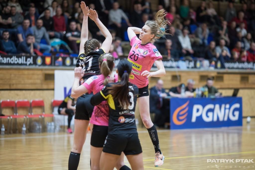 Szczypiornistki zaczynają fazę play-off. Bardzo ważny mecz w Kielcach!