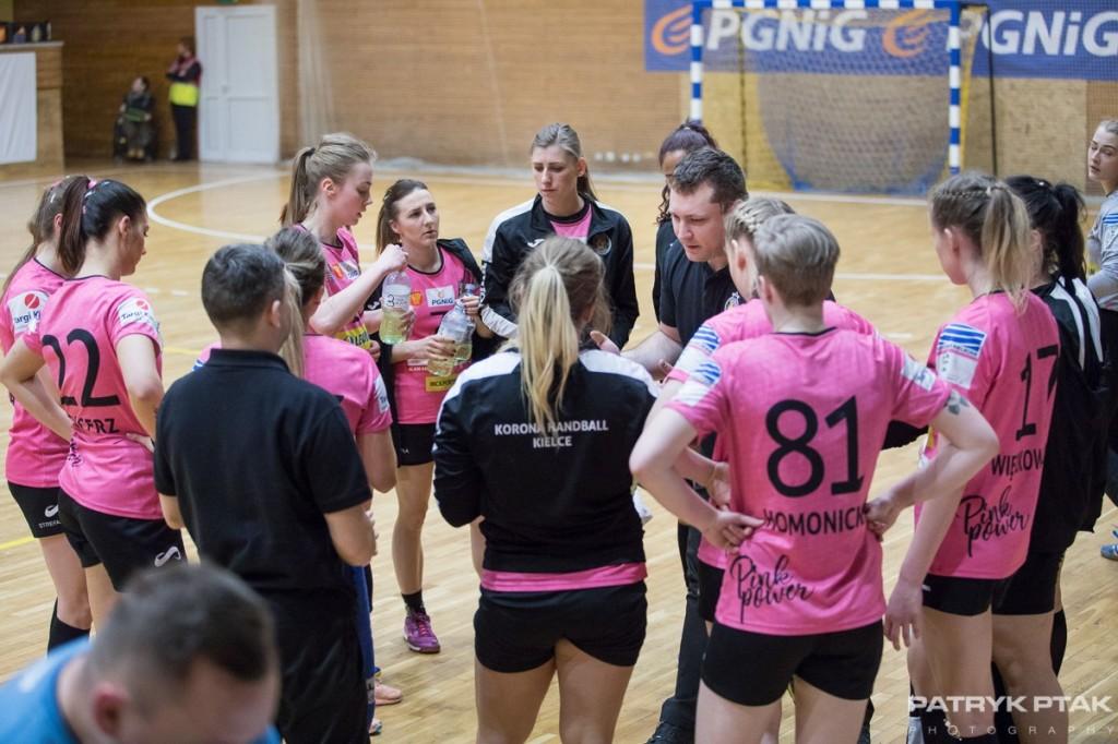 Korona Handball przygotowuje się do drugiej części sezonu. W piątek i sobotę rozegra turniej w Kielcach