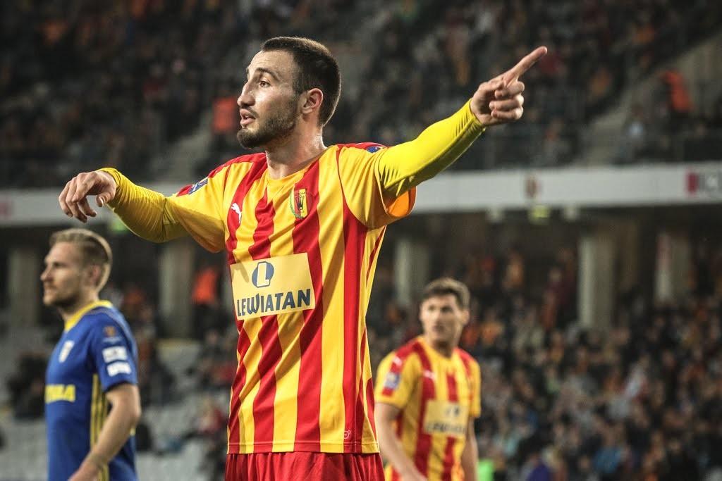 Cypryjskie media: Kaczarawa podpisze kontrakt. Ale ojciec zawodnika mówi...