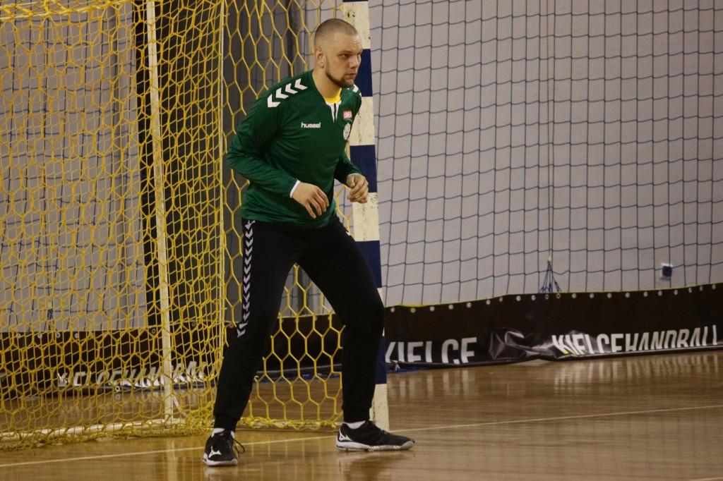 Zawodnik AZS-u UJK trenuje z Łomżą Vive Kielce