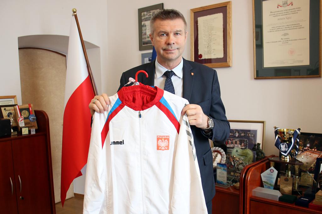 Wyjątkowy dres Wenty trafił na WOŚP. Brązowy medal dla Polski, słynny gol Siódmiaka