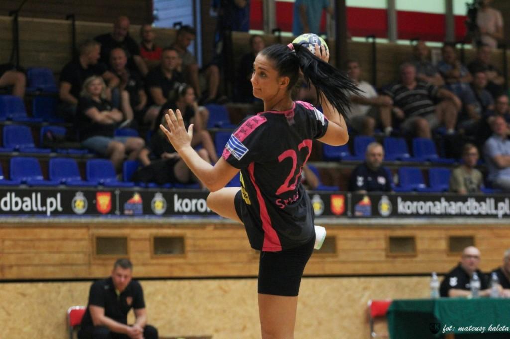 Korona Handball gromi na inaugurację