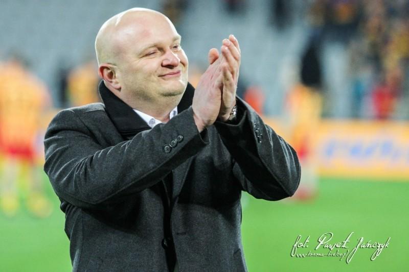 Trener Bartoszek szalał z piłkarzami po meczu na murawie (video)
