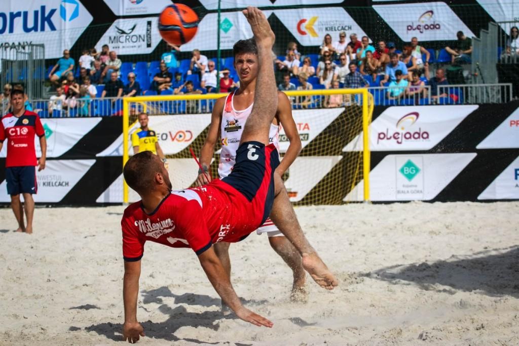FOTO: Najlepsze w Beach Soccerze było Zdrowie. Dekoracja zwycięzców