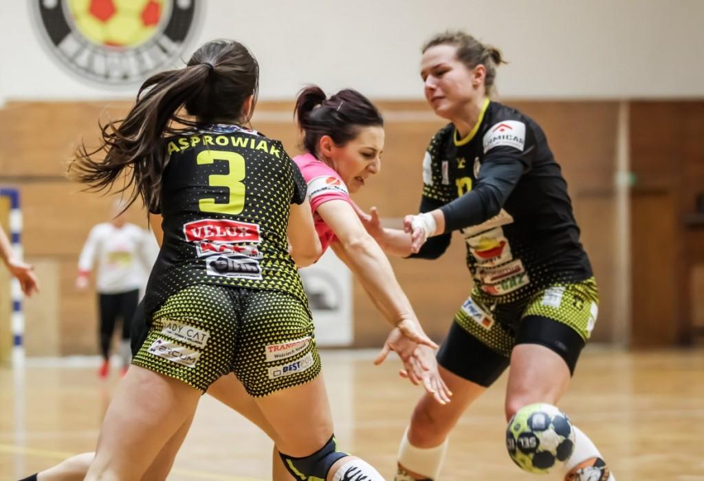 Korona Handball i AZS UJK Kielce zmuszeni do urlopów