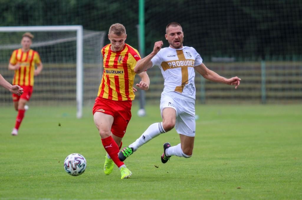 Korona II Kielce zdobywa cenne trzy punkty w meczu z Wisłą