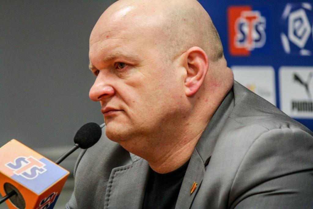 Trener Korony Kielce o kontraktach zawodników: Rozmowy trwają. Sytuacja jest dynamiczna