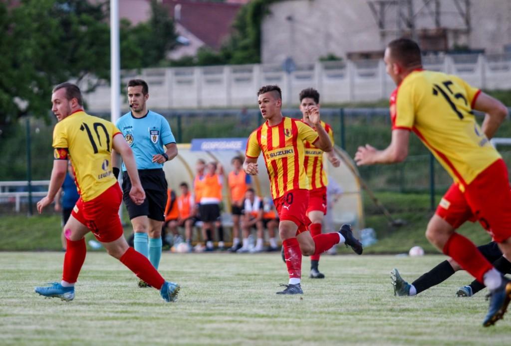 Rezerwy Korony w młodym składzie awansowały w Okręgowym Pucharze Polski