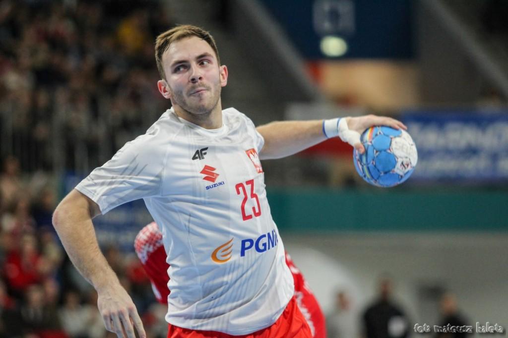 Polska wygrała po trudach z Algierią. Grali trzej gracze Łomży Vive Kielce