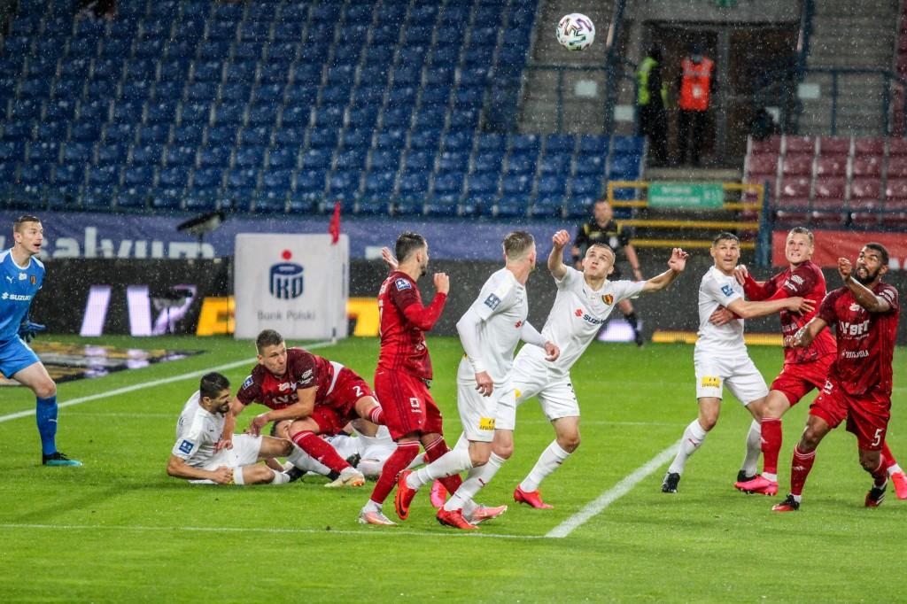 Zwroty akcji w Krakowie. Młody wychowanek dał punkt w prestiżowym meczu