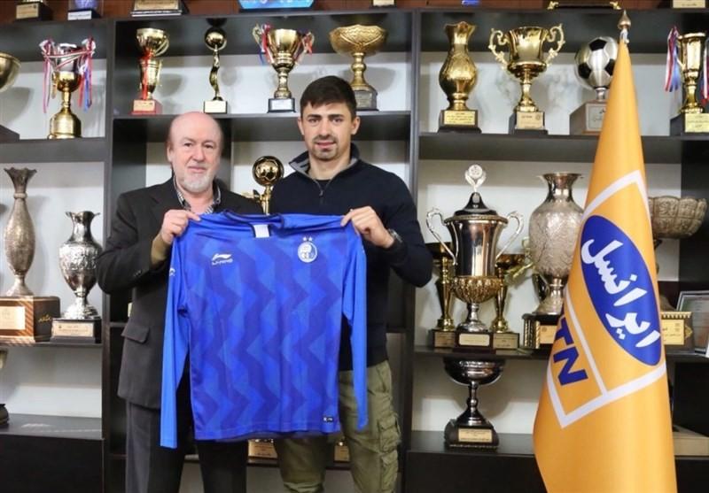 Najdenov nie zostanie piłkarzem Korony Kielce. Zagra w Iranie, podpisał kontrakt