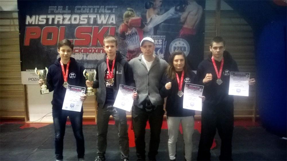 Sukcesy kieleckich kickbokserów! Dużo medali i pucharów